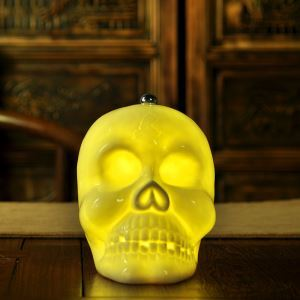 Fashion Creative Skull Bedroom Beside Lamp Ceramic Eye-protection Table Lamp