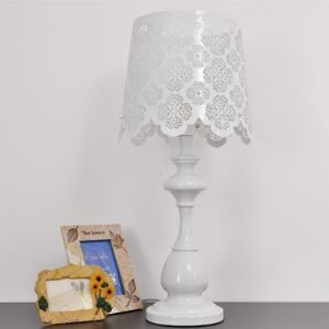"26.3""High Beautiful and Graceful Rose Designer Table Lamps"