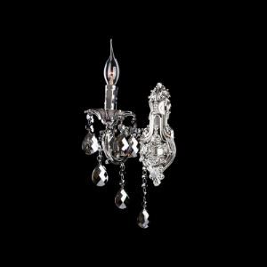 Stylish Polished Silver Base and Crystal Drops Adorned Wall Sconce in Traditional Style