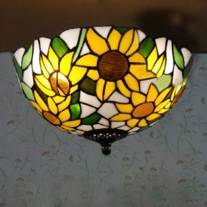 Euro Style Daisy Country Style Tiffany Bowl Flush Mount Ceiling Light