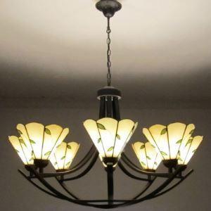 31.4 Inch Wide Green Leaf  Eight-light Tiffany Chandelier Ceiling LIght