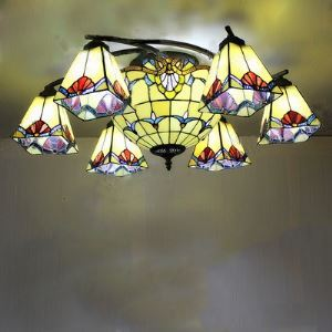 Hand-made Stained Glass 31 Inch Tiffany Eight-light Chandelier with Center Bowl