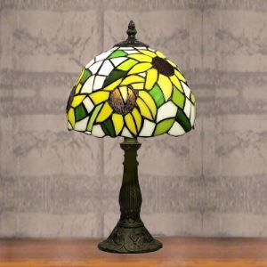 Fresh Daisy Stained Glass8 Inch  Accented Table Lamp in Tiffany Style