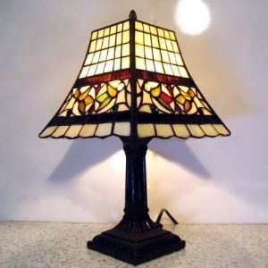Retro Grid Pattern 8 Inch Mini Table Lamp  in Tiffany Stained Glass Style