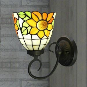 6 Inch One-light Bell Shade Sunflower Motif Tiffany Wall Sconce