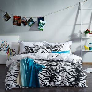 Fall In Love With Zebra Simple Cotton Four-piece Black And White Series Of Bedding Warm Cotton Four Piece Suit 160*210cm