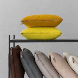 Modern Simple Solid Color Pillow Quilt Dual-use Cushions Quilt Sofa Office Lunch Break Blanket Air Conditioning Quilt Car Bed Cushions