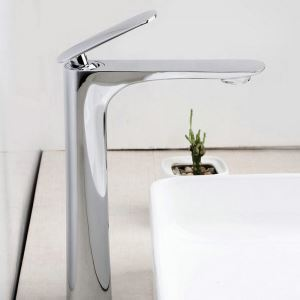 Modern Simple Style Bathroom Chrome Plating Sink Faucet Deck Mounted Single Hole Single Handle