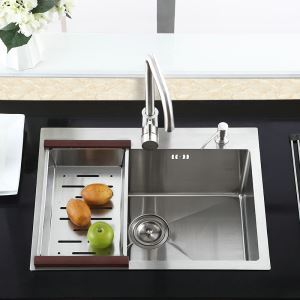 Modern Simple 304 Stainless Steel Sink Thicken Handmade Sink Single Bowl Kitchen Washing Sink with Drain Basket and Liquid Soap Dispenser HM7245