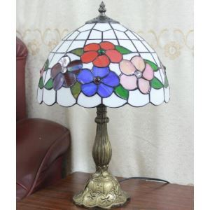 European Rural Table Lamp Retro Simple Table Lamp Flower Pattern Light