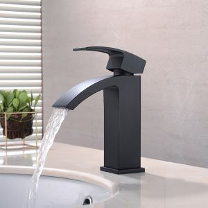 Vessel Bathroom Faucet Single Hole Single Handle Baking Varnish White Hot and Cold Water Dispenser