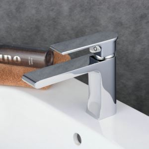 Contemporary Sink Faucet Chrome Polished Sink Faucet Single Handle Tap BL6308