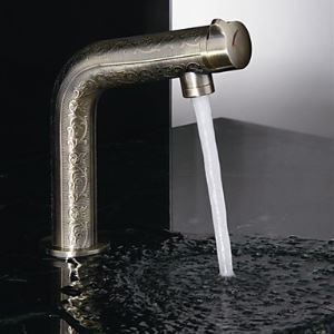 Antique Brass Finish Bathroom Sink Faucet with Luxury Texture