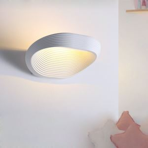 Modern Simple LED Wall Light Fashional Lines Wall Light Energy Saving Light
