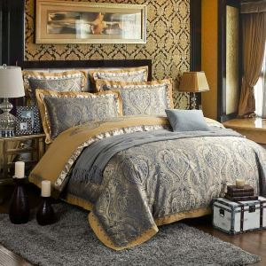 European Luxurious Bedding Set Retro Jacquard Bedclothes Soft Breathable 4pcs Duvet Cover Sets