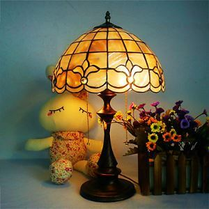 Antique Inspired Tiffany Style Table Light
