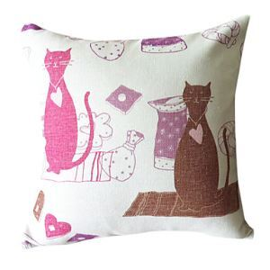 Modern Cats Patterned Decorative Pillow Cases