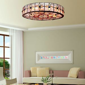 Tiffany Style Flush Mount with 3 Lights in Round