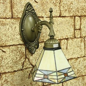 Tiffany Wall Light with 1 Light - Downward