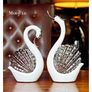 Contemporary Eletroplated Lovers Shell Shape Ceramic Swan Set