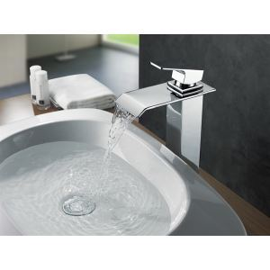 Deck mounted Brass Chrome Waterfall Bathroom Basin Faucet