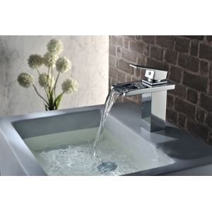 The Latest Design Chrome Single Hole Brass Waterfall Sink Mixer Tap With Hose