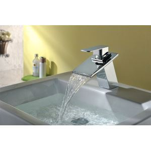 Special Designed Deck Mounted Brass Chrome Waterfall Basin Faucet With Single Handle