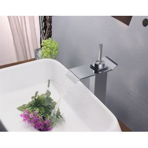 Modern Contemporary Waterfall Basin Faucet With Single Lever Bathroom Taps (MS112)