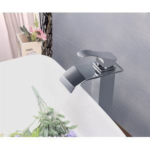 Modern Contemporary Waterfall Basin Faucet With Single Handle Bathroom Taps (MS115)