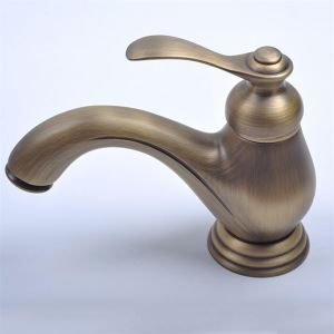 Centerset Single Handle Antique Brass Bathroom Sink Faucet