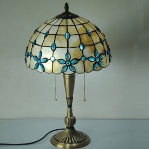 European Idyllic Retro Shell Tiffany Table Lamp with 2-lights