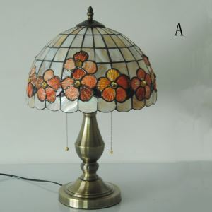 European Idyllic Retro Shell Tiffany Table Light with 2-lights