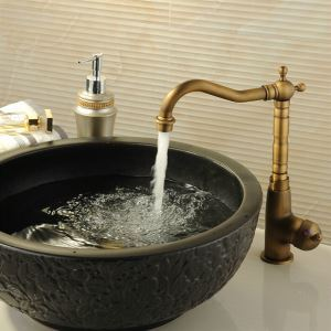 (In Stock) Classic Antique Brass Kitchen Faucet
