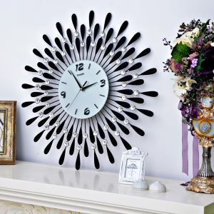 Contemporary Simple Wrought Iron Black Acrylic Diamond Mute Wall Clock Non-ticking