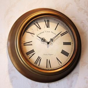Vintage European Metal Antique Bronze Round Mute Wall Clock Kitchen