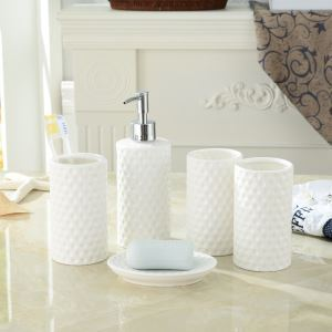 Creative Design Ceramic White Bath Ensembles 5-piece Bathroom Accessories