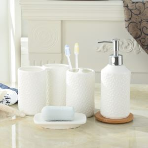 Unique Creative Design Ceramic Bath Ensembles 5-piece Bathroom Accessories