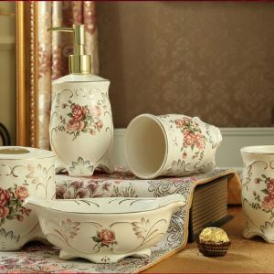 European Style 3D Relief Bath Ensembles 5-piece Bathroom Accessories