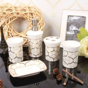 Fashionable Classical Creative Ceramic Bath Ensembles 5-piece Bathroom Accessories