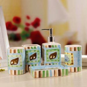 Fashionable Creative Ceramic Bath Ensembles 5-piece Bathroom Accessories