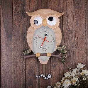 Country Style Owl Featured Wall Clock