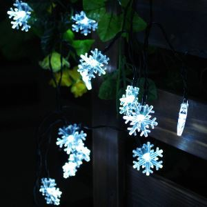 Snowflake Modeling Outdoor Waterproof Solar LED String Lights