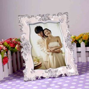 Modern Simple Rose Lace Home Decor Resin Photo Frame