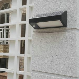 Motion Sensor Wall Light Solar Powered Outdoor Wall Light LEH-44258B