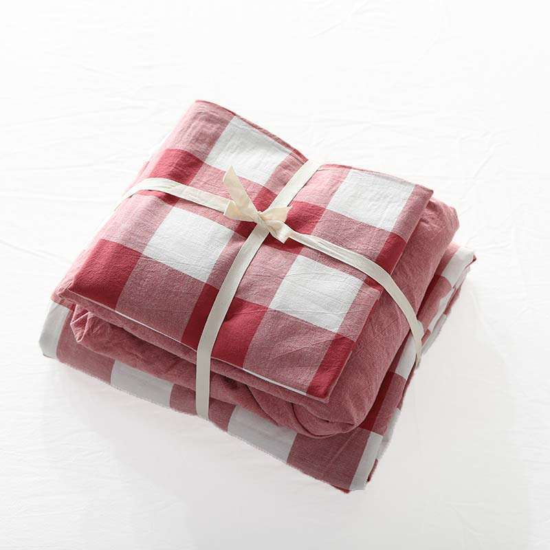 Disposable Bed Sheets Canada: American Simple Bedding Set Large Red Check Bedclothes