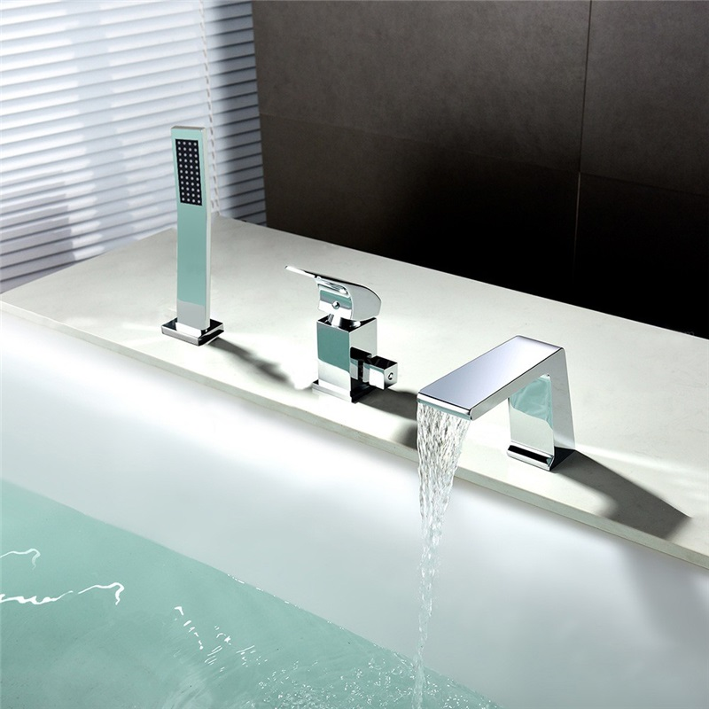 Modern Chrome Tub Faucet Deck Mounted Bathtub Tap With