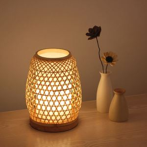 Japanese Bamboo Table Lamp Creative Hollow Desk Lamp Bedside Dining Table Study Desk Light