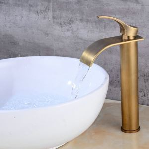 Antique Brass Bathroom Sink Faucet Waterfall Basin Tap Single Handle Tap