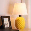Modern Macaron Ceramic Table Lamp Pineapple Shaped Counter Lamp Reading Lamp HY-011