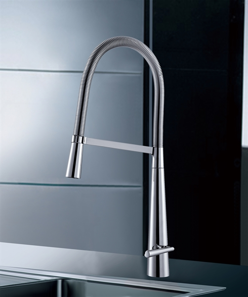 Swing Arm Brass Kitchen Faucet Pull Down Kitchen Tap